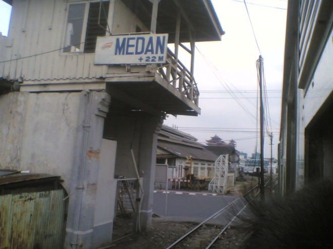 Train leaving Medan Station