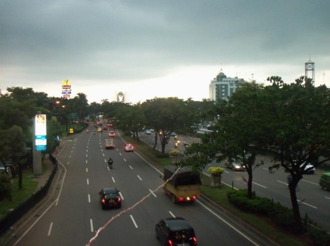 Jl. Pahlawan Seribu - menghadap Tangerang