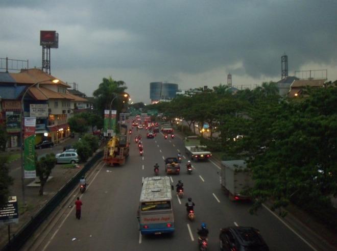 Jl. Pahlawan Seribu : menghadap Serpong