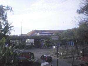 Salah satu persimpangan di daerah Tambora