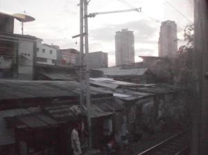 Pemukiman kumuh selepas Kampung Bandan ke Rajawali