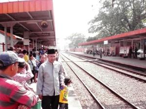 Stasiun Palmerah - arah Tanah Abang / Jakarta