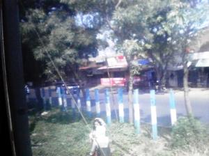 Jalan di pinggir rel KA Palmerah - Kebayoran Lama