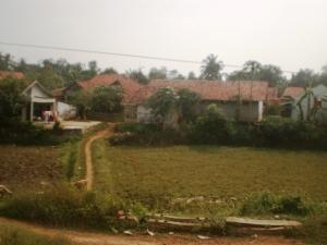 Suasana pedesaan di daerah Stasiun Cilejit