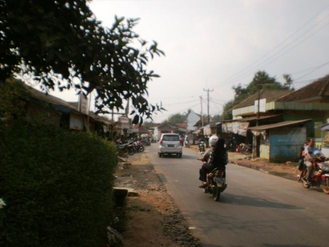 Jalan di Maja (3)
