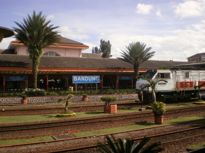 Bandung City Hall Railway Station.. Time stood still at 09.25 AM in the morning when I took this photo