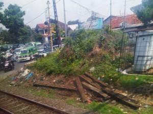 Perlintasan sebidang Jalan RE Martadinata
