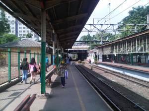 Stasiun Cawang (arah Selatan - Bogor dan Depok)