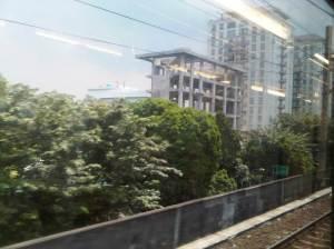 Apartemen yang terletak di sisi Timur / kiri Stasiun Cikini