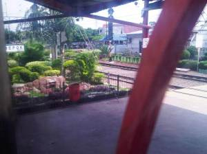 Stasiun Depok yang hijau