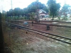 KRL menuju Stasiun Manggarai - sisi Timur