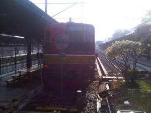 KRL Commuter Line tujuan Bekasi