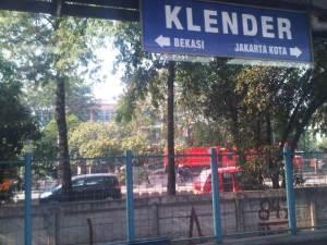 Stasiun KLender 3 - sisi Selatan