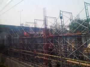 Salah satu proyek renovasi Stasiun Cakung