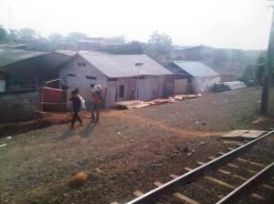 Proyek pengerjaan double-double track terus dilakukan