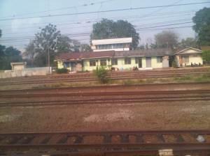 View rel2 di Stasiun Manggarai