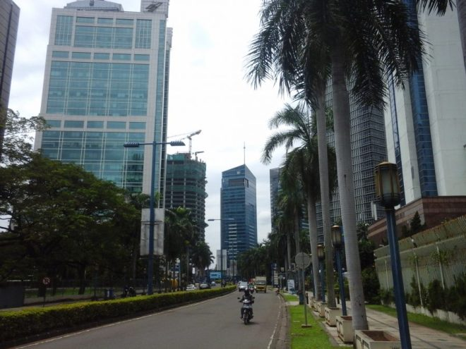 Main Mega Kuningan boulevard